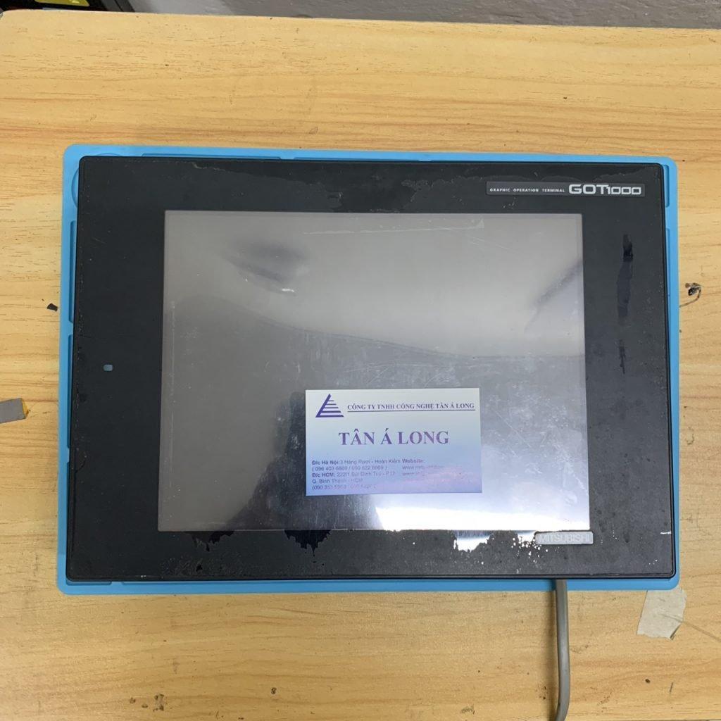 Bộ màn hình cảm ứng HMI Mitsubishi GT1275-VNBA