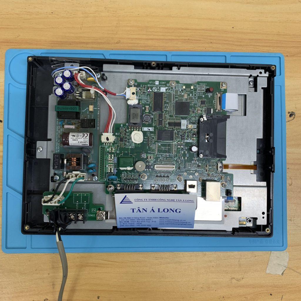 Thay màn hình cảm ứng HMI Mitsubishi GT1275-VNBA