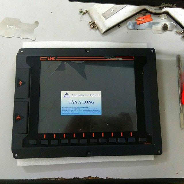 Thay màn hình công nghiệp HMI Advantech LNC ELCLCD-5608A